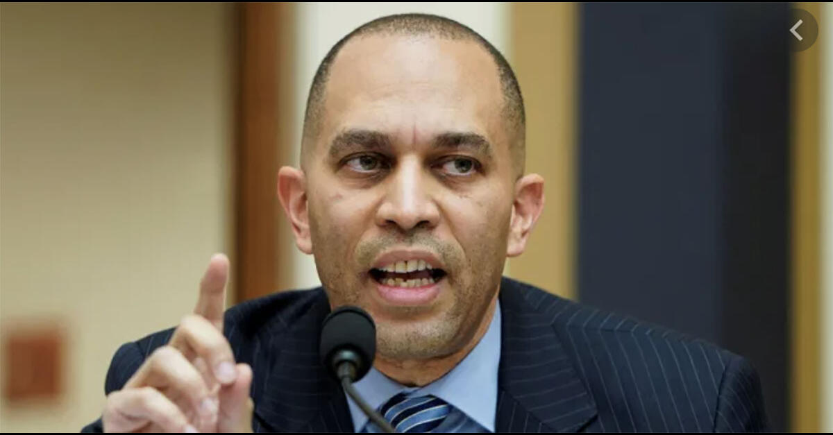photo of Hakeem Jeffries Hypes MORE Act at Cannabis Policy Summit image
