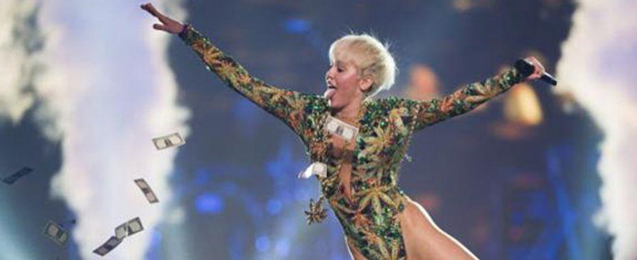 Miley Cyrus Stops Smoking Pot, Knocks Stoners