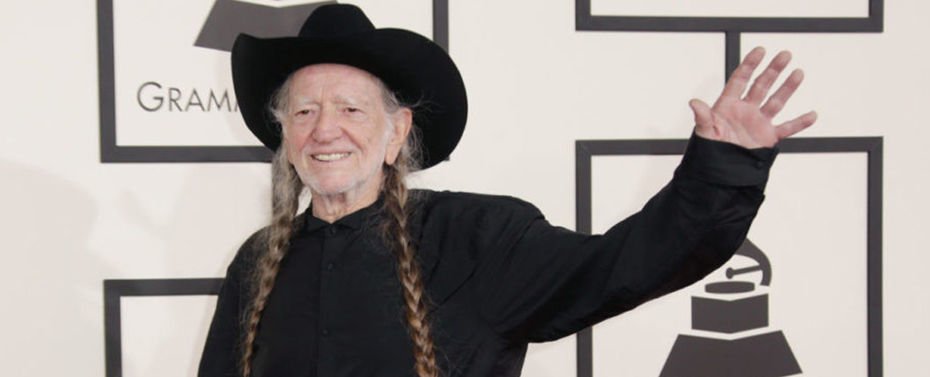 Willie Nelson Receives Two 2018 Grammy Nominations