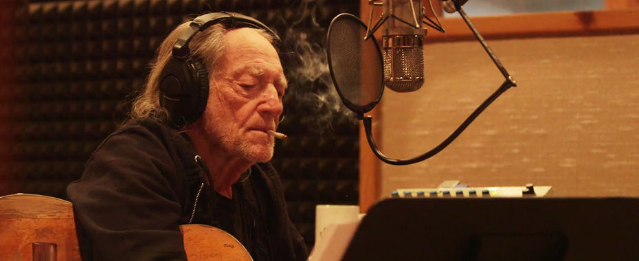 Willie Nelson's Rep: He Hasn't Given Up Weed