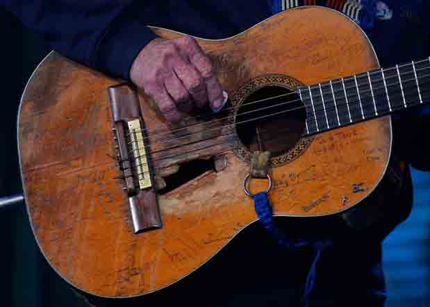The Story Behind Willie Nelson's Trusty Guitar, Trigger
